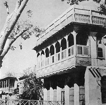 Shanasheel of the old part of Basra city,1954